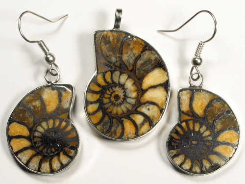 Ammonite pendant and earrings from Morocco 3,0/2,5cm