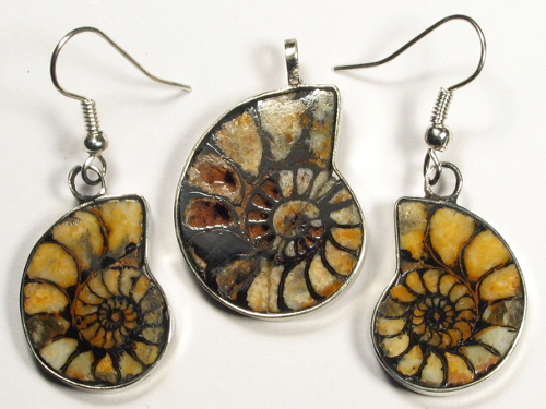 Ammonite pendant and earrings from Morocco 2,7/2,2cm