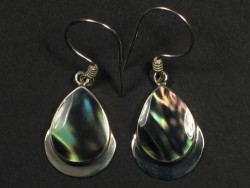 Black Rainbow earring pair w/silver 2cm